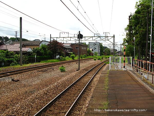 加茂駅の2番ホームその7